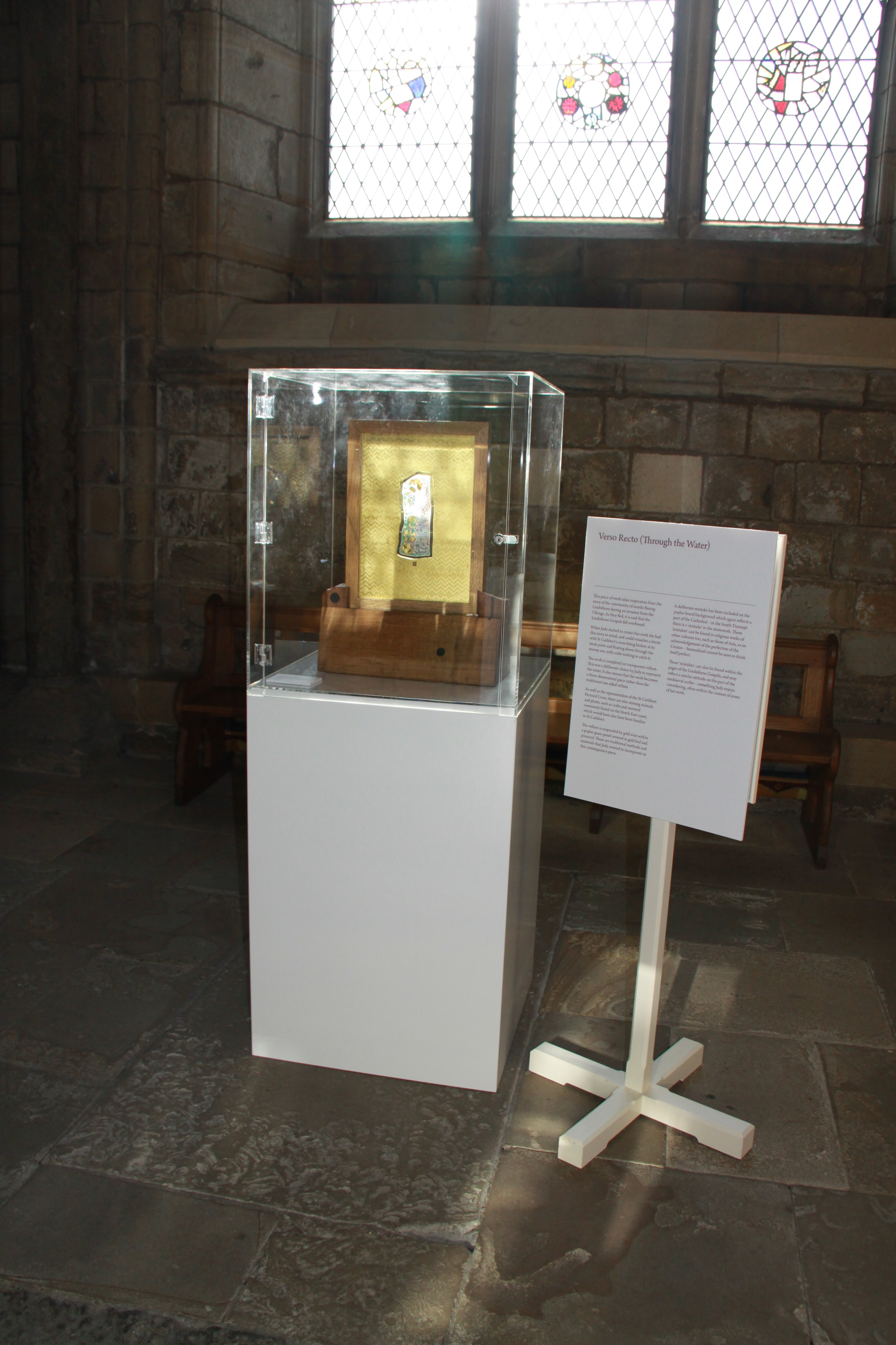 Exhibition Display Plinths : Acrylic display cases durham cathedral