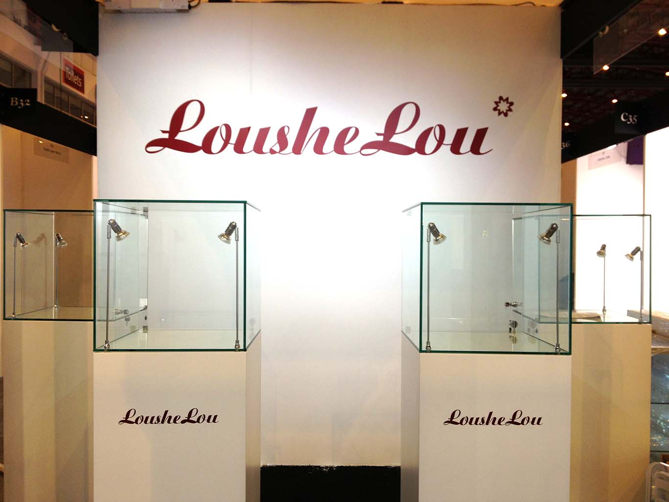 Exhibition Stand Hire London : International jewellery show london