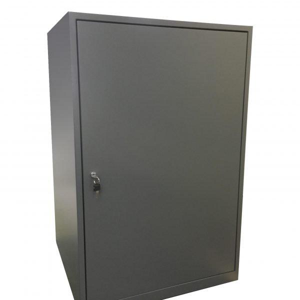 plinth with door