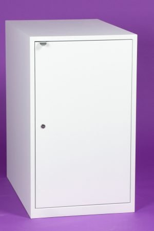 cabinet with door and handle front