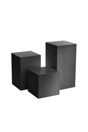 Set-of-Black-Plinths-by-exhibition-plinths