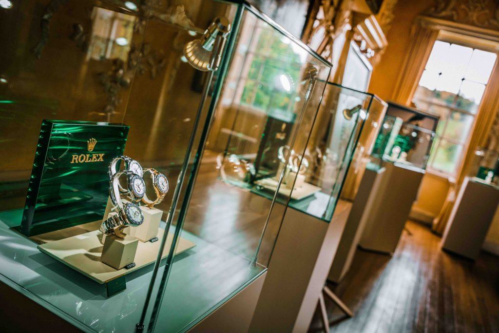 Display Stand Hire London : Jewellery display cabinet hire for your event uk wide